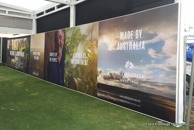 Single printed, seamless 16m long Fabric Media Wall