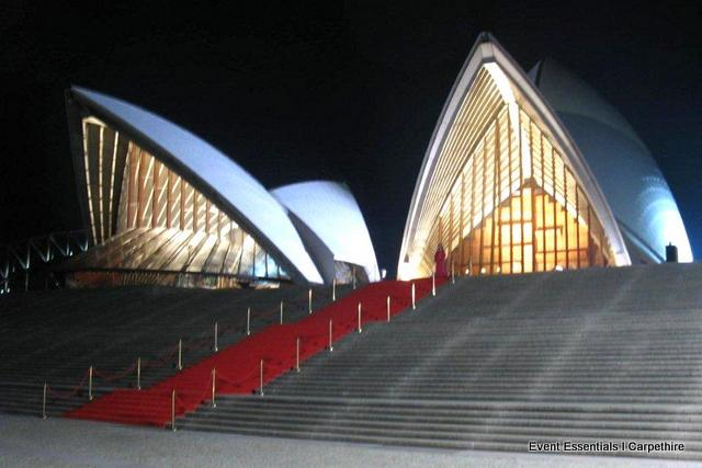 Red Carpet: Glorious Entrance Steps
