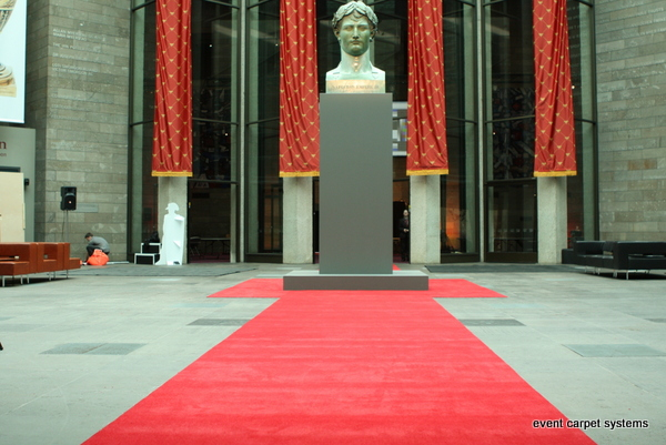 Red Carpet Exhibition Launch: National Gallery of Victoria
